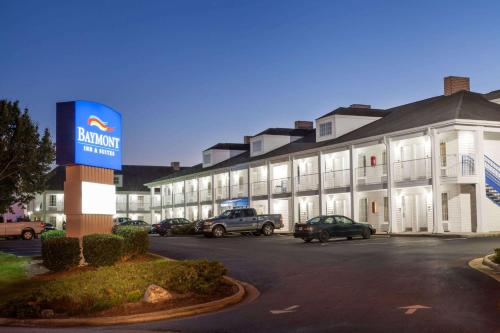 Baymont Inn & Suites Hickory
