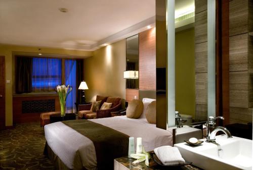 Jianguo Hotel photo 2