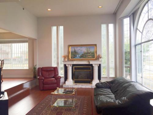 Cozy House Vancouver - Vancouver, BC V5P 4H1
