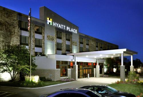 Hyatt Place Milwaukee Airport Photo