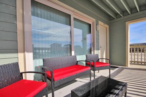 Summerhouse West 102A Photo