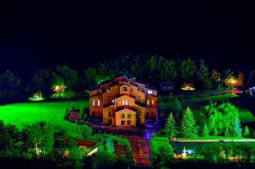 Курортный отель MJA
