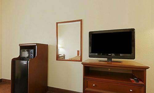 Quality Inn - Weeki Wachee Photo
