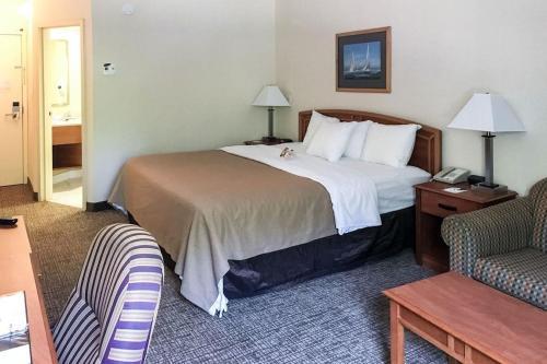Quality Inn Mystic Photo