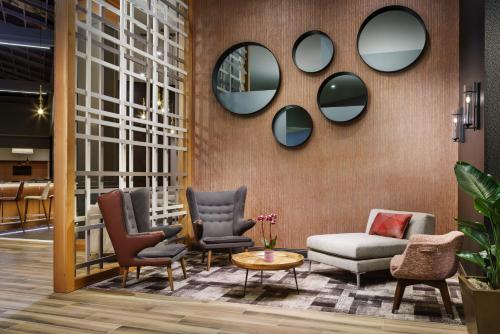 DoubleTree by Hilton Colorado Springs Photo