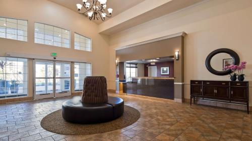 Best Western Plus Salinas Valley Inn & Suites Photo