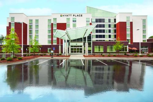 Hyatt Place Raleigh West Photo