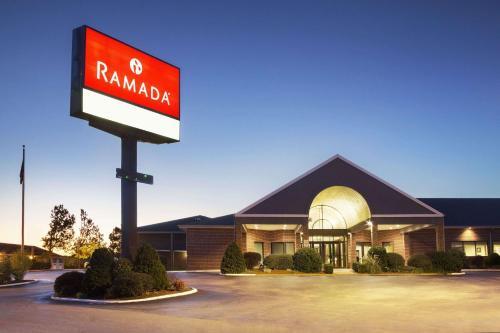 Ramada Batesville Arkansas Photo