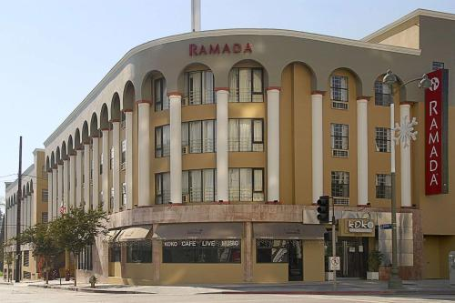 Ramada Wilshire photo 37