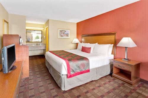 Ramada Baltimore West Photo