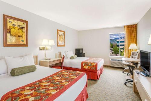 Ramada Salt Lake City Photo