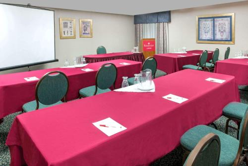 Ramada London Photo