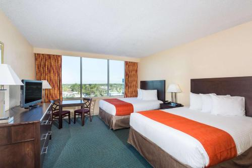 Ramada Kissimmee Gateway photo 41