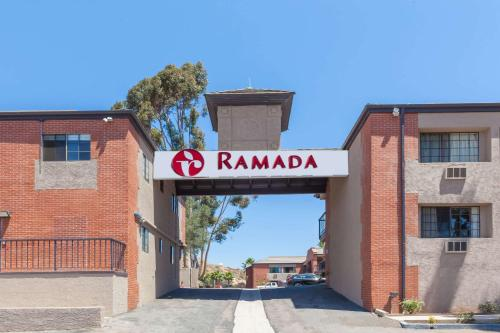 Ramada Poway Photo