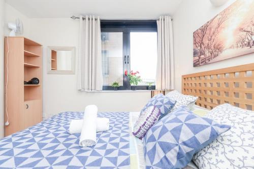 Point West South Kensington Apartment photo 16