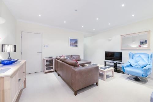 Point West South Kensington Apartment photo 22
