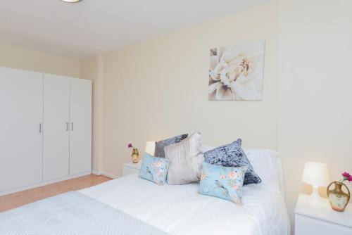 Hatton Garden 3 Bedroom Family Apartment photo 21