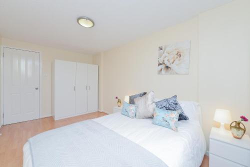 Hatton Garden 3 Bedroom Family Apartment photo 22