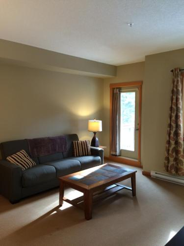 1 Bedroom Lodges At Canmore
