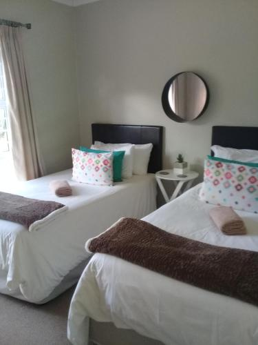 Jenvey House Selfcatering Apartments Photo