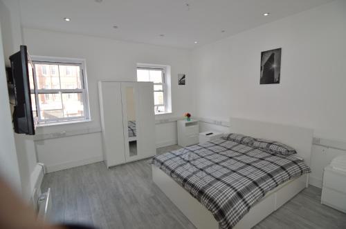 Deluxe 2 Bed Bedroom Apartment