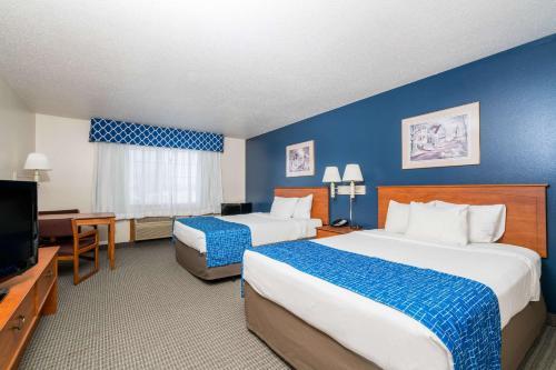 Travelodge and Suites Fargo/Moorhead Photo