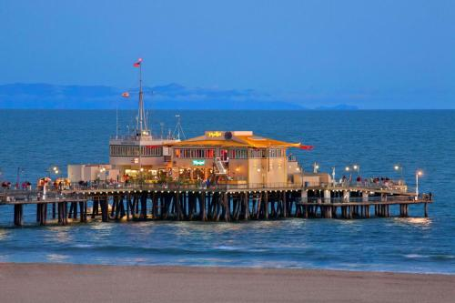 Wyndham Santa Monica At The Pier photo 69