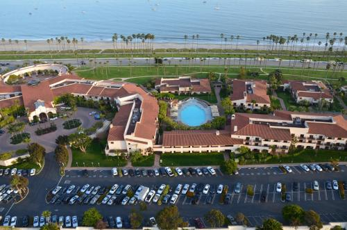 Hilton Santa Barbara Beachfront Resort