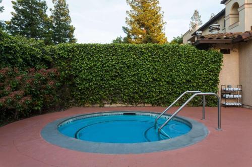 Wyndham Garden Silicon Valley Photo
