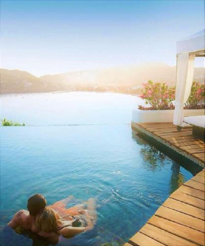 Tentaciones Hotel & Lounge Pool - Adults Only Photo