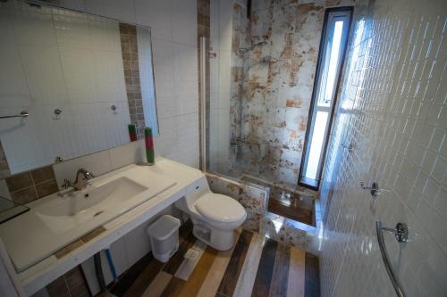The Sirena Insolente Hostel Photo