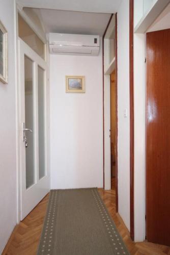 Apartment Podgora 6781a