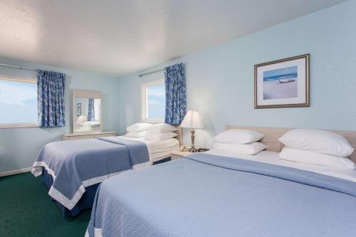 Days Inn and Suites Kill Devil Hills - Mariner Photo