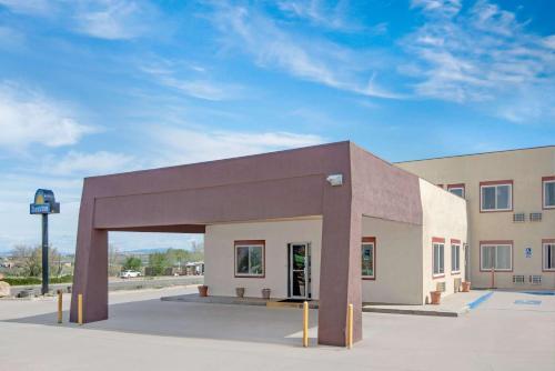 Days Inn Taos Photo