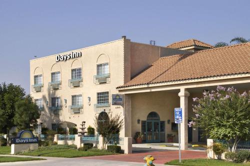 Days Inn Riverside Tyler Mall Photo