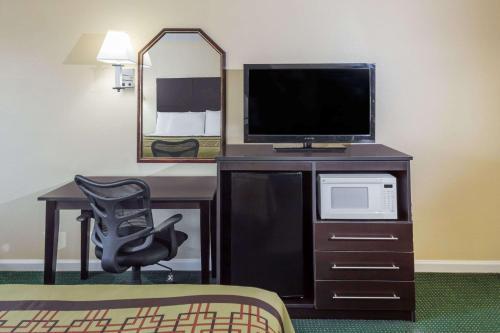 Days Inn - Enterprise Photo