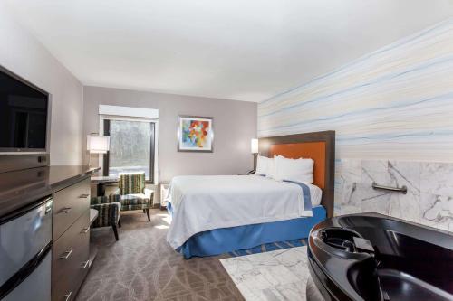 Days Inn Lanham Washington D.C Photo