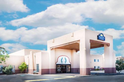Days Inn and Suites Lordsburg Photo