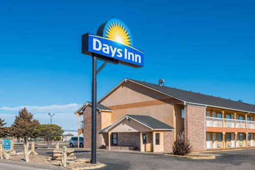 Days Inn Russell Photo