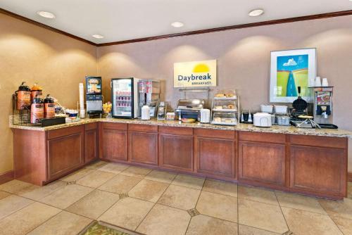 Days Inn Bernalillo / Albuquerque North Photo
