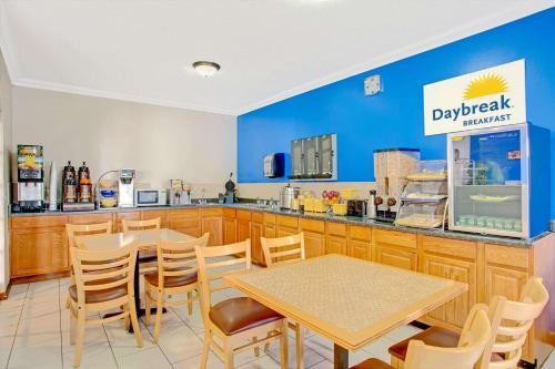 Days Inn - Lehi Photo