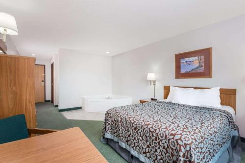 Days Inn Manchester Photo