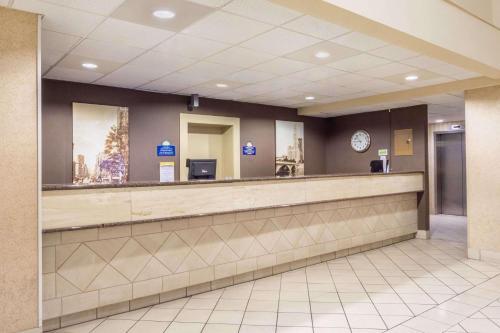 Days Inn Columbus Airport Photo