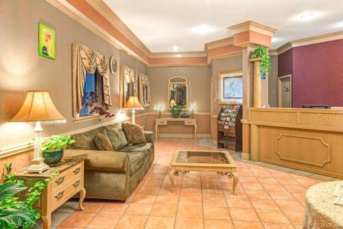 Days Inn Suites By Wyndham Osceola Ar Hotel