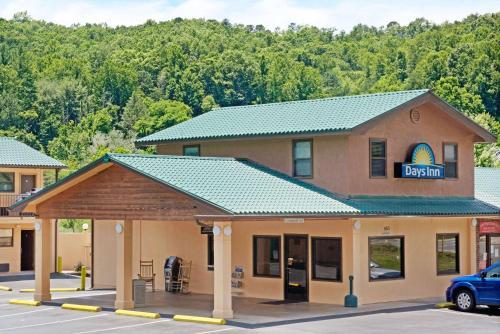 Days Inn Cherokee/Smokey Mountains Photo