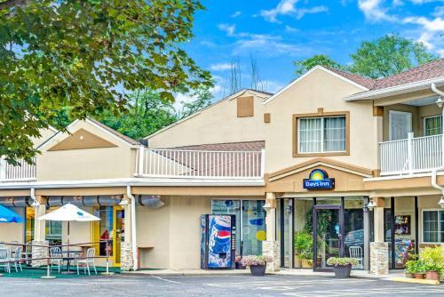 Days Inn Ridgefield Photo