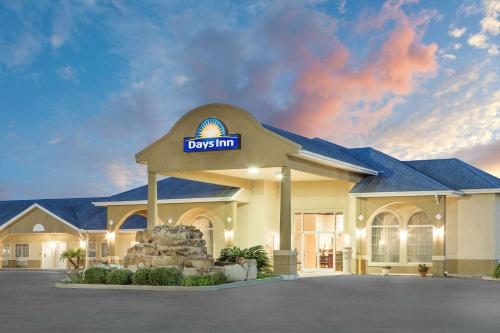 Days Inn Robstown Photo
