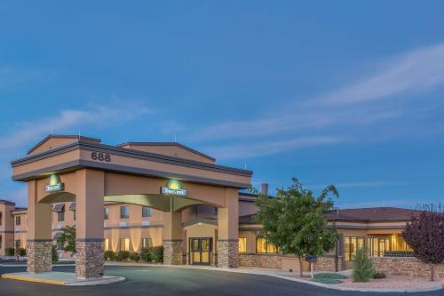 Days Inn By Wyndham Chino Valley Hotel Prescott