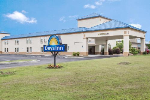 Days Inn Selma/Smithfield Photo