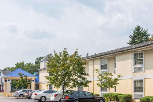 Days Inn By Wyndham Berlin Voorhees - Berlin, NJ 08009